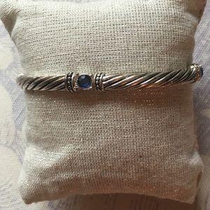 Jewelry - Stretch on silver bracelet NWOT